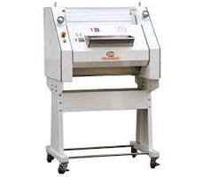 Máy se bột làm bánh mì Chanmag CM-750